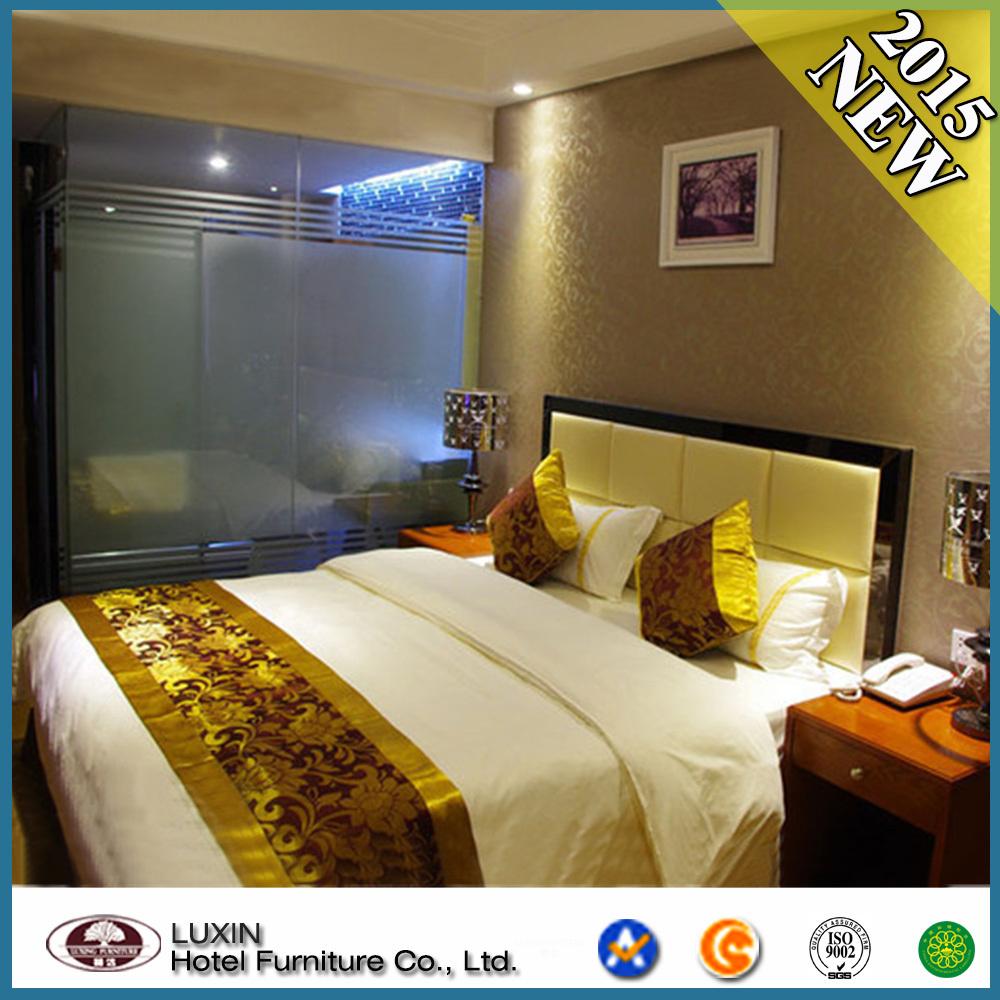 Suite grande de meubles de chambre coucher d 39 h tel d for Chambre a coucher hotel