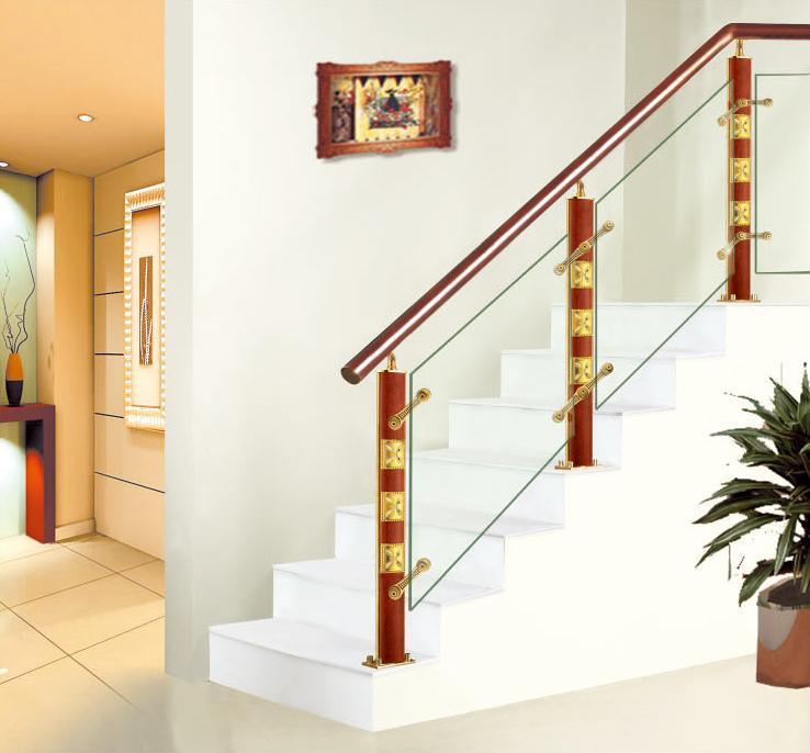 Barandilla del aluminio xy 120264 y de madera para la for Pasamanos para escaleras interiores