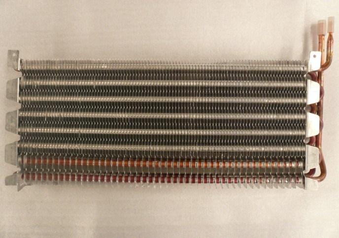 Tipo dell 39 aletta del tubo di rame nessun evaporatore del for Miglior isolamento del tubo di rame