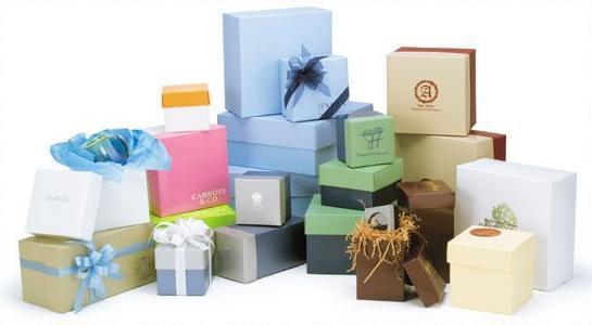 Коробочки для подарков классика