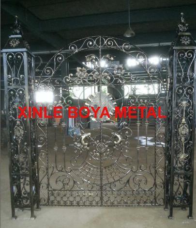 Puerta del metal de la entrada by9205a puerta del for Puertas de entrada de metal