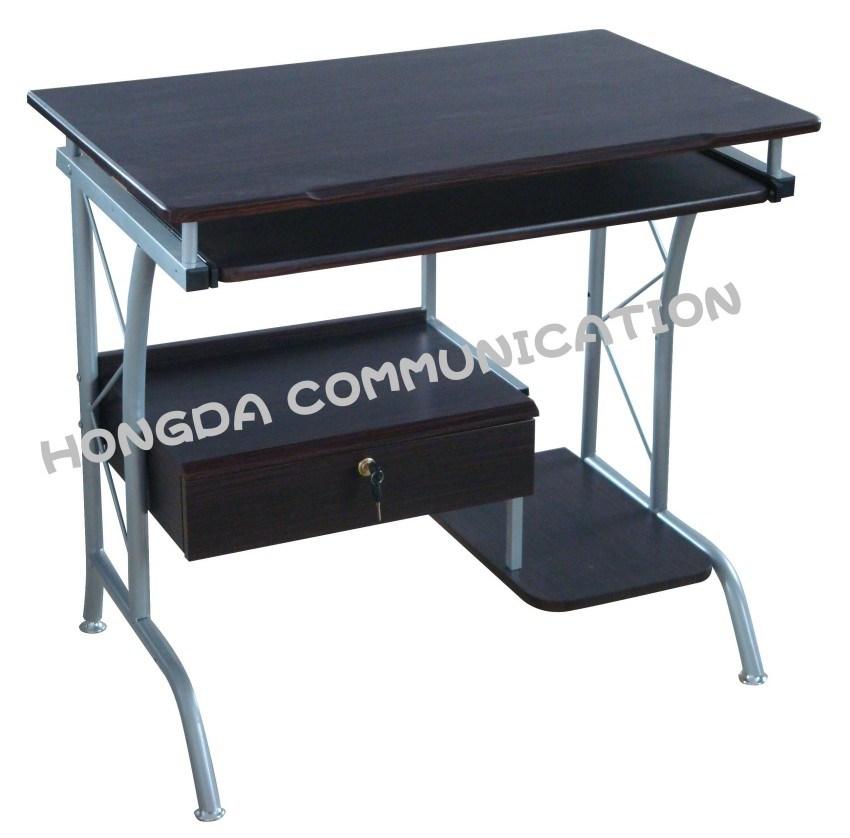 Tabla de la peque a computadora escritorio de la for Mesas pequenas ordenador