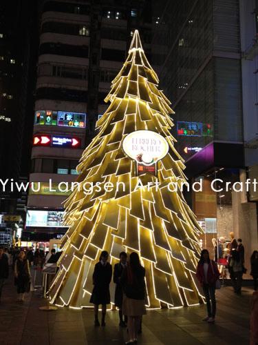 gigantes del rbol de la estructura de acero del m de la navidad ligera poligonal gigante de la suposicin led u gigantes del