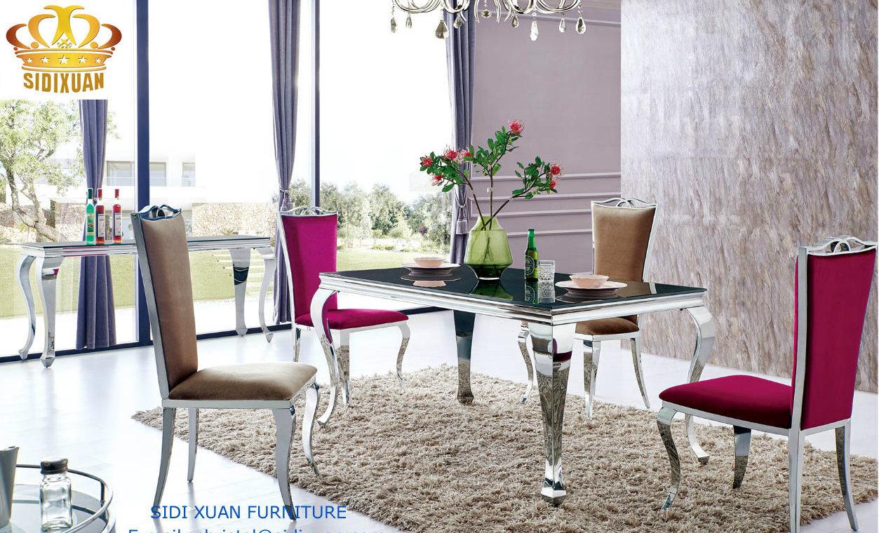 Foto de muebles de cena caseros de cristal negros con for Muebles franceses