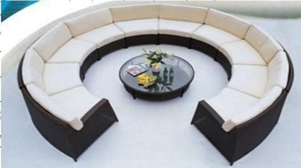 El sof redondo del patio de los muebles de la rota de for Sofa redondo jardin