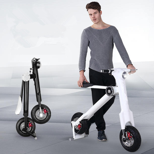 le plus nouveau scooter lectrique pliable d 39 e v lo du v lomoteur 350w de kingwheel kw e001. Black Bedroom Furniture Sets. Home Design Ideas