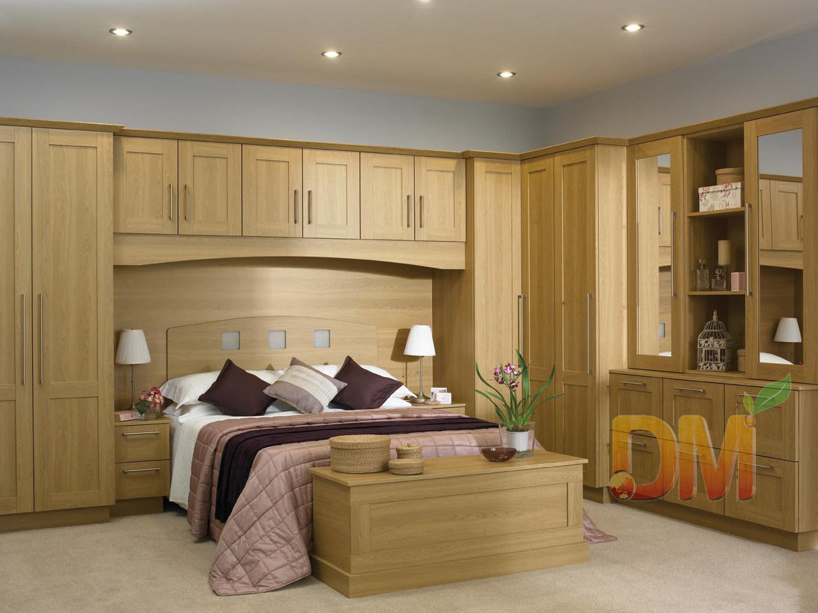 Armadio di legno naturale del guardaroba della mobilia della ...