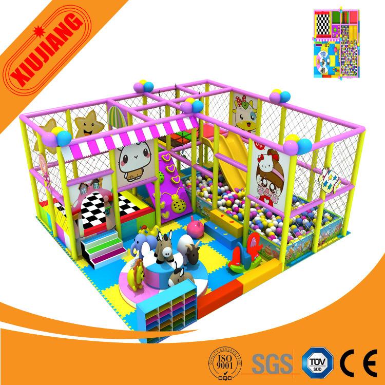 Labyrinthe d 39 int rieur d 39 enfants parc d 39 int rieur d for Parc d interieur