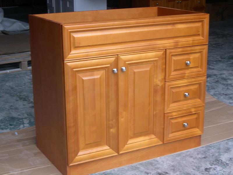 Foto de gabinetes de cuarto de ba o yb121 10 vanidad de for Gabinetes para bano en madera