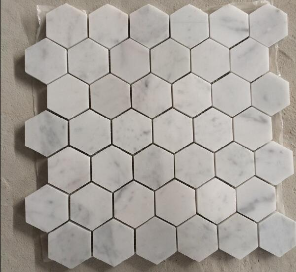 Mattonelle di mosaico di marmo bianche di Bianco Carrara della fabbrica della Cina per la ...