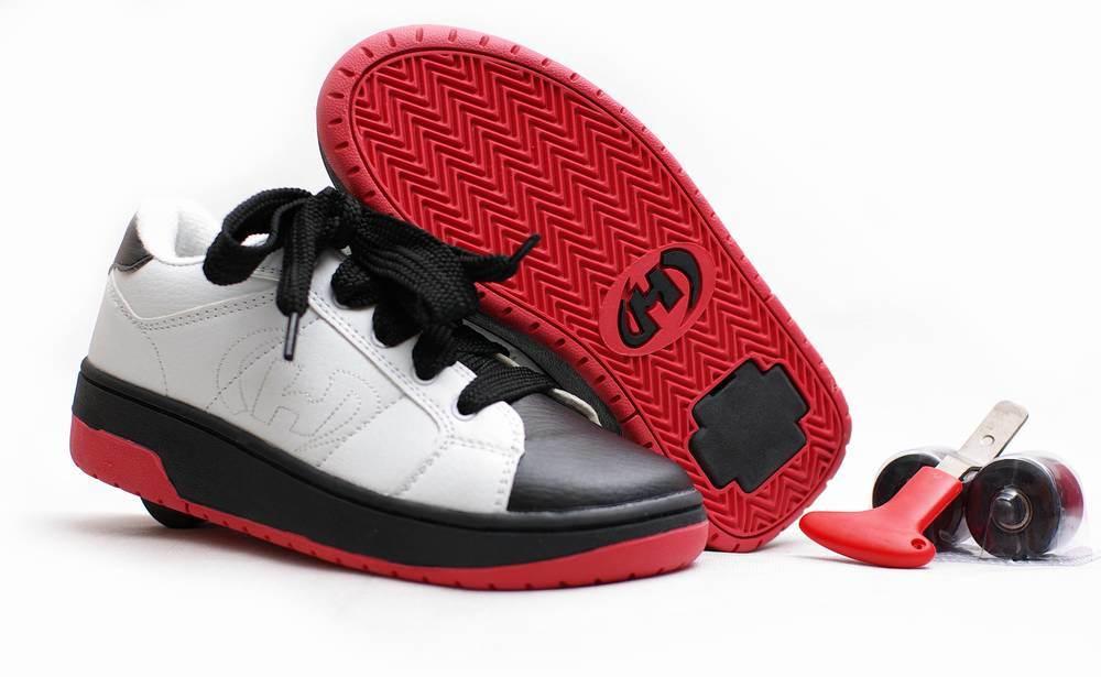 chaussures d 39 un rouleau de roue nx 16 chaussures d 39 un. Black Bedroom Furniture Sets. Home Design Ideas
