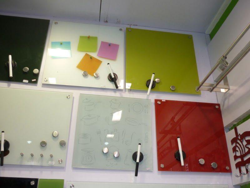 panneau en verre de note pour la cuisine 10009 panneau. Black Bedroom Furniture Sets. Home Design Ideas