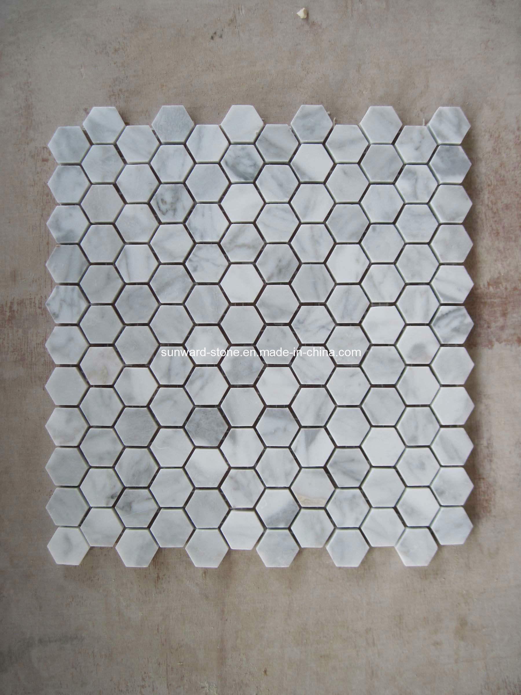 Mosaico de m rmol blanco de carrara dimensi n de una for Color del marmol de carrara