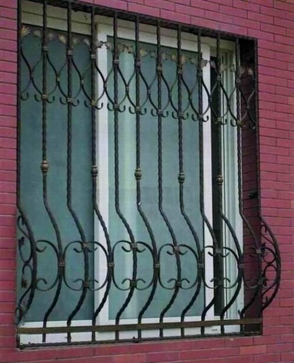 Foto de projeto simples das grades de janela do ferro de for Modern zen window grills design