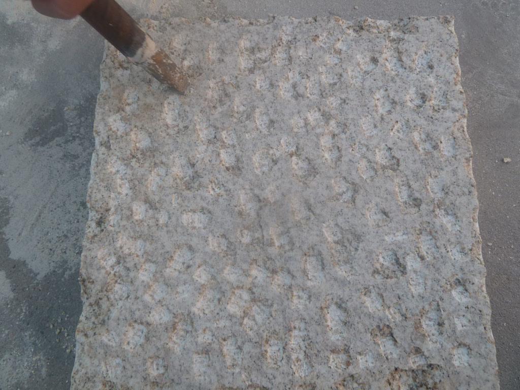 Foto de pi a amarillo granito piedra para pavimentaci n en for Piedra para granito