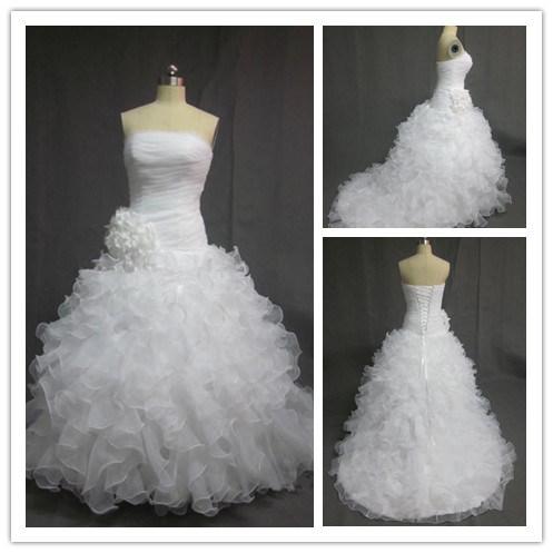 Robes de mariage sans bretelles de robes de boule t moin for Robes sans bretelles pour les mariages