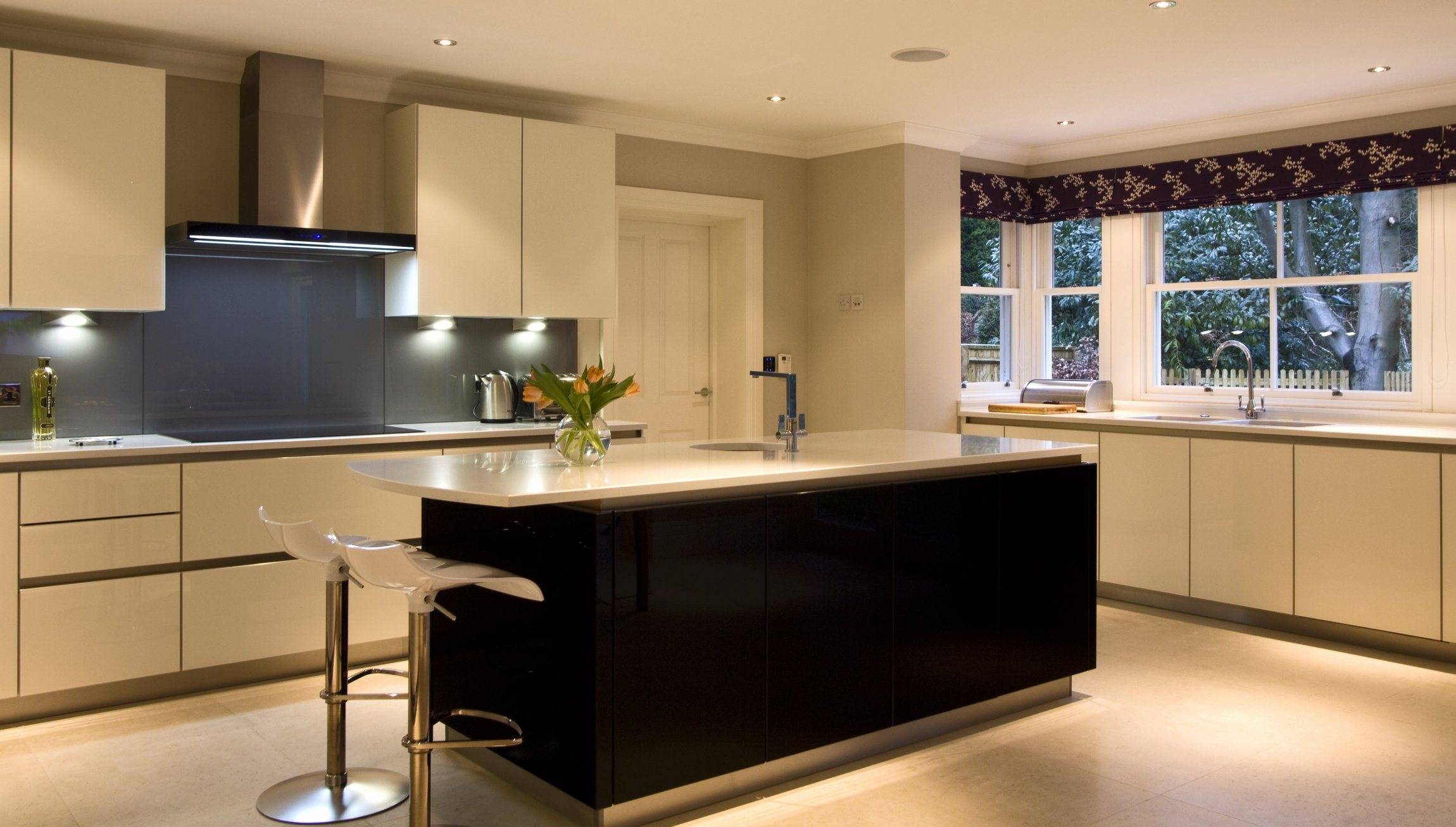 2014 Küche-Schrank, heißer Verkaufs-moderne hohe glatte Lack-Küche ...