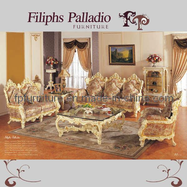 Muebles clásicos   el sofá barroco de la sala de estar del estilo ...