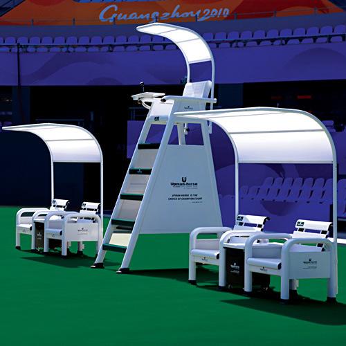 Banc de joueurs de chaise d 39 arbitre de meubles de court de for Chaise arbitre tennis