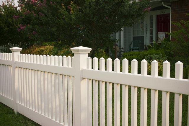 Recinzione del giardino del picchetto del pvc recinzione for Recinzioni giardino in pvc