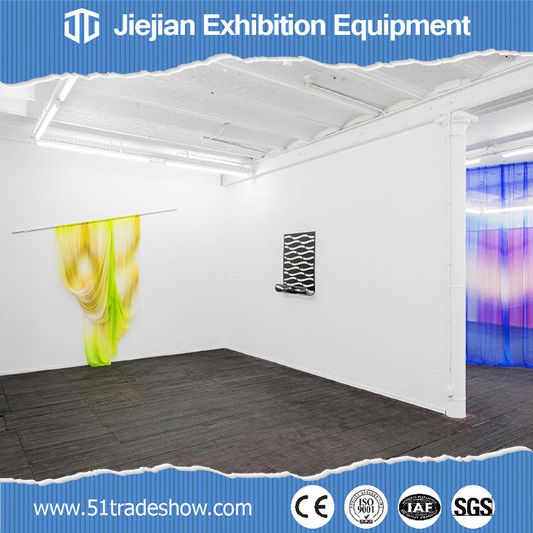 salle d 39 exposition modulaire mobile de cloisons de s paration d 39 talage d 39 exposition d 39 art photo. Black Bedroom Furniture Sets. Home Design Ideas
