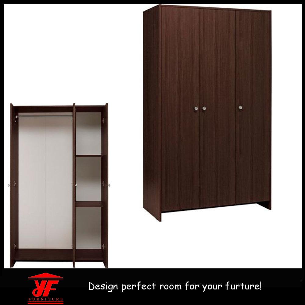 Foto de guardarropa de madera moderno del dormitorio de for Wooden almirah designs pictures