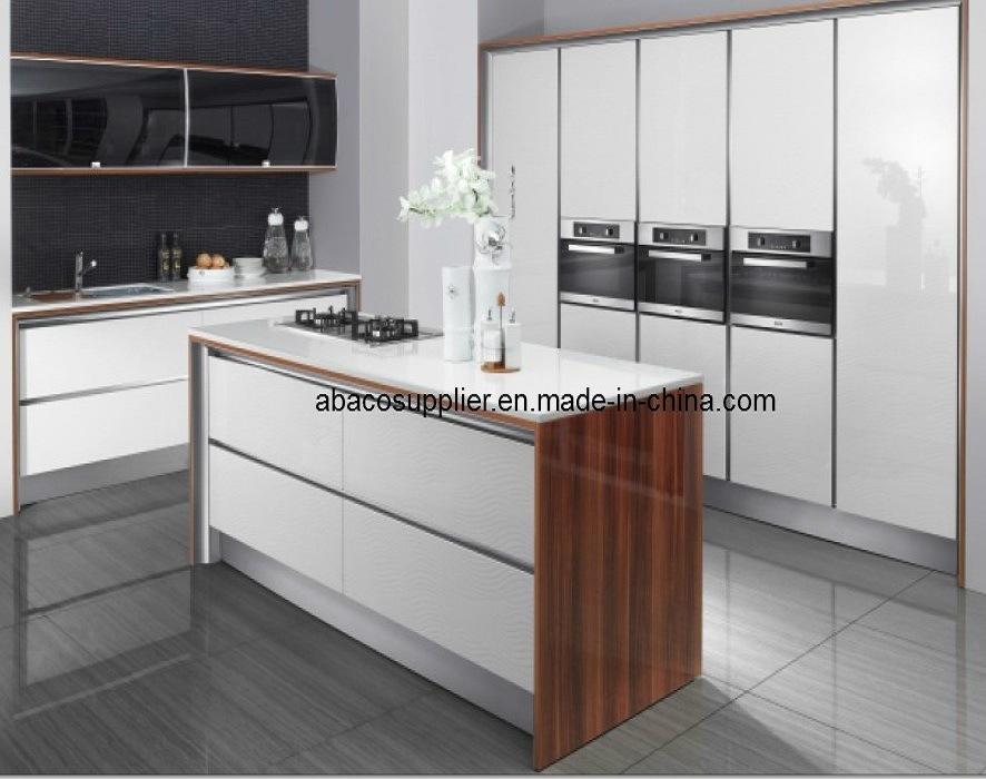 Meubles en bois classiques de cuisine sw 50 meubles en for Fournisseur cuisine italienne