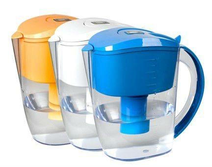 La brocca di acqua alcalina di Wellblue può rendere a rifornimento idrico alcalino l'acqua sana ...