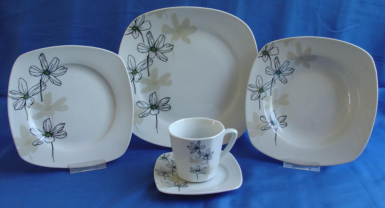 vaisselle de noel porcelaine maison design. Black Bedroom Furniture Sets. Home Design Ideas