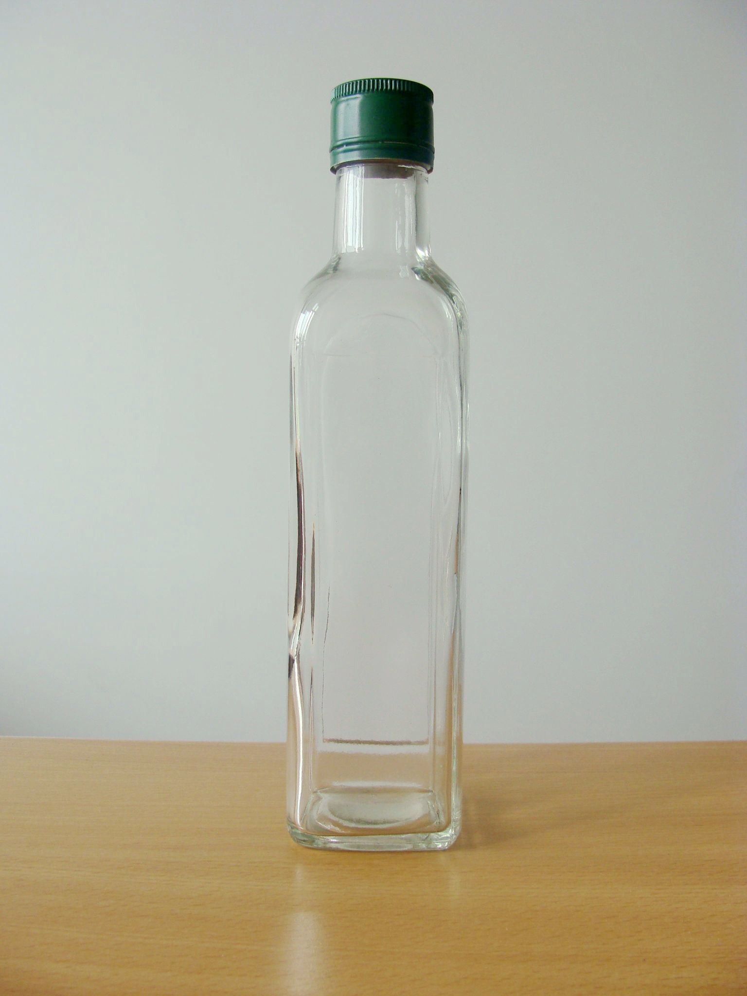 Bottiglia di vetro dell 39 olio di oliva 250ml bottiglia di for Botellas de cristal ikea