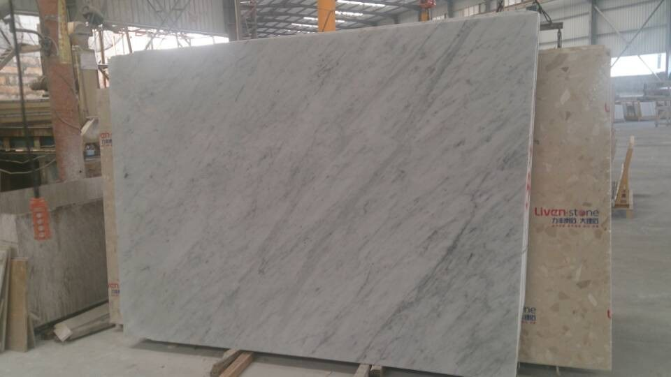 M rmol de bianco carrara venato m rmol de bianco carrara for Marmol de carrara colores