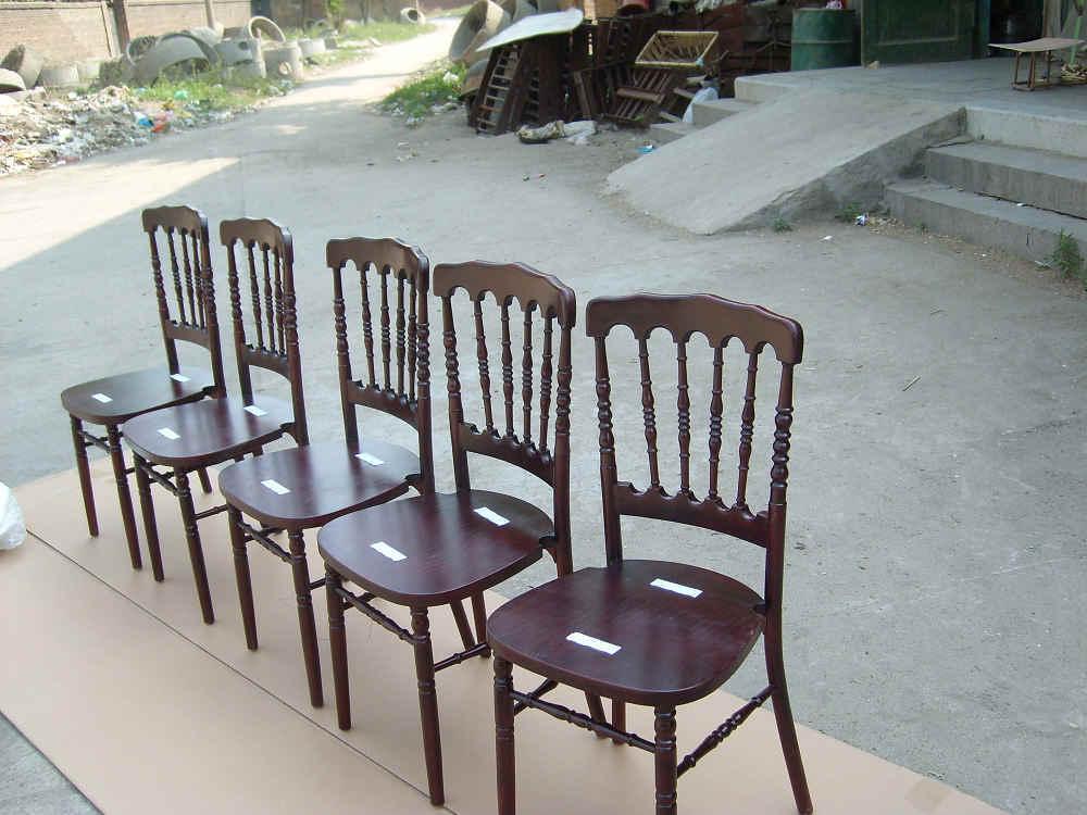 gekleurde houten stoelen napoleon gekleurde houten