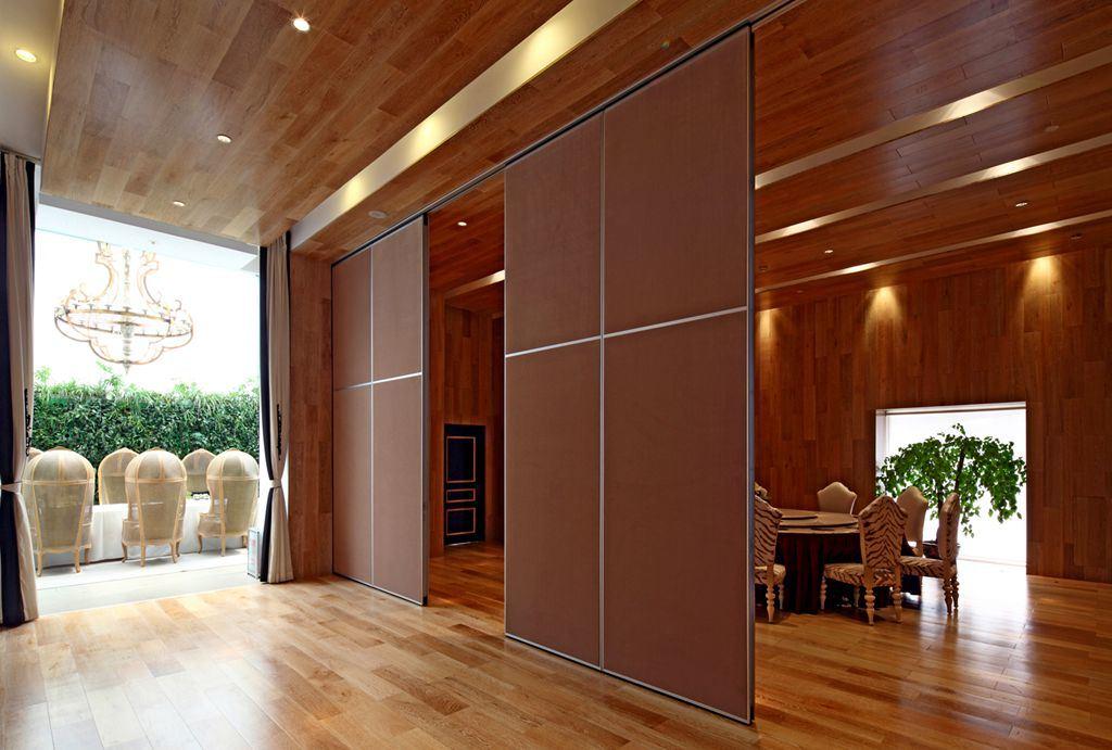 cloison de s paration mobile acoustic pliant la partition pour la biblioth que mus e photo sur. Black Bedroom Furniture Sets. Home Design Ideas