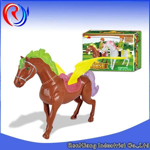 le cheval en plastique lectrique figure le jouet en plastique de cheval le cheval en plastique. Black Bedroom Furniture Sets. Home Design Ideas