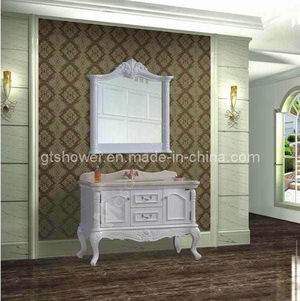 Altos muebles blancos del cuarto de ba o del lustre for Muebles altos de bano
