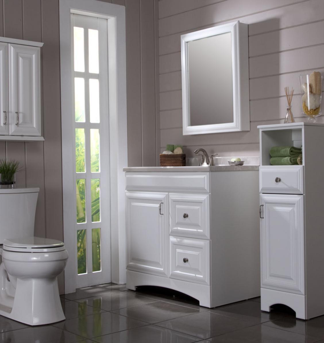 Assoalho branco o banheiro montado projeta o jogo de unidade 1032  #738447 1128 1194