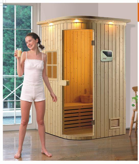 Cabina de madera de sauna con metro de temperatura y de - Madera para sauna ...