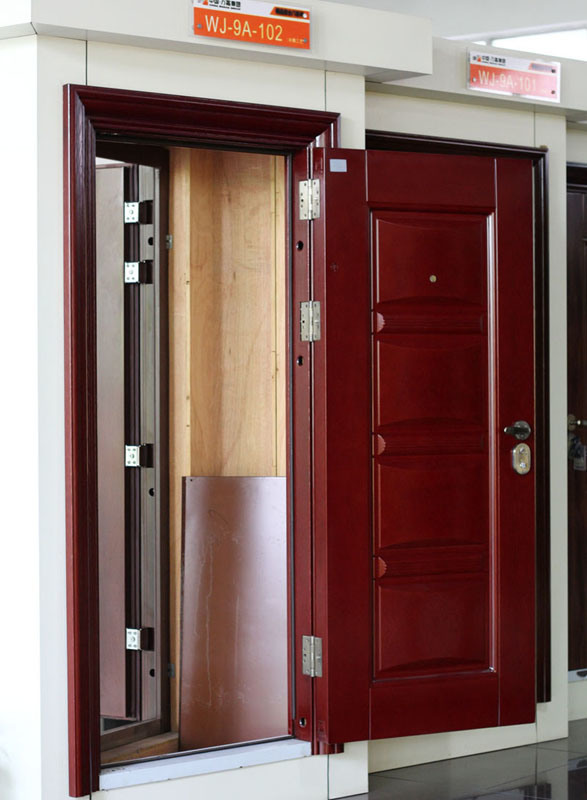 стальная дверь безопасная