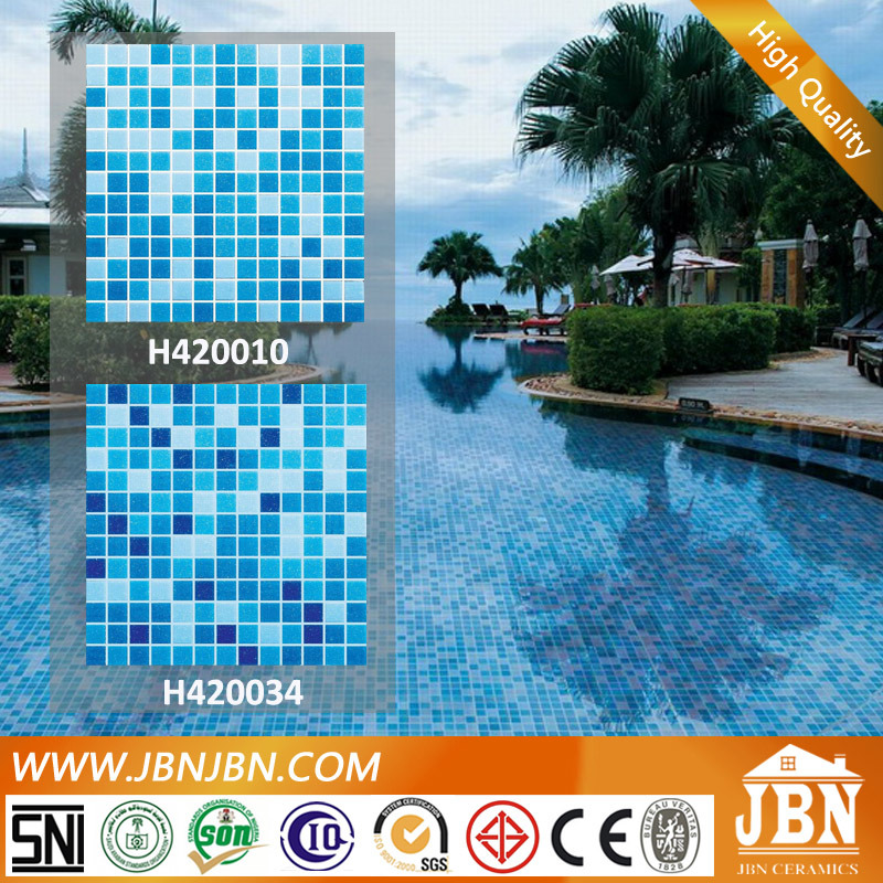 volle rumpf hei e verkaufs swimmingpool mischungs blaues mosaik glas h420010 foto auf de made. Black Bedroom Furniture Sets. Home Design Ideas