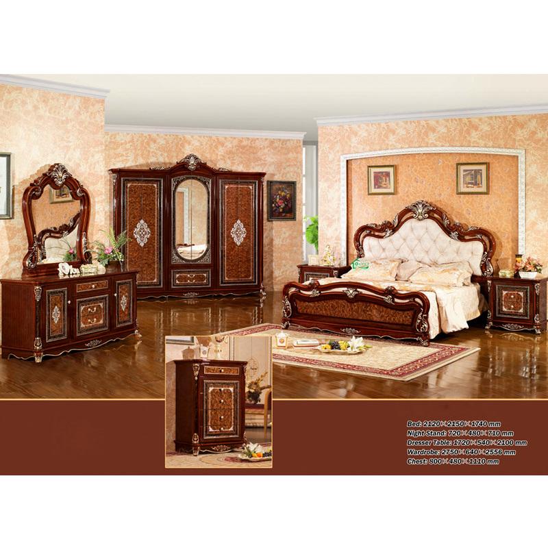 Meubles la maison avec le tableau antique de lit et de for A la maison furniture