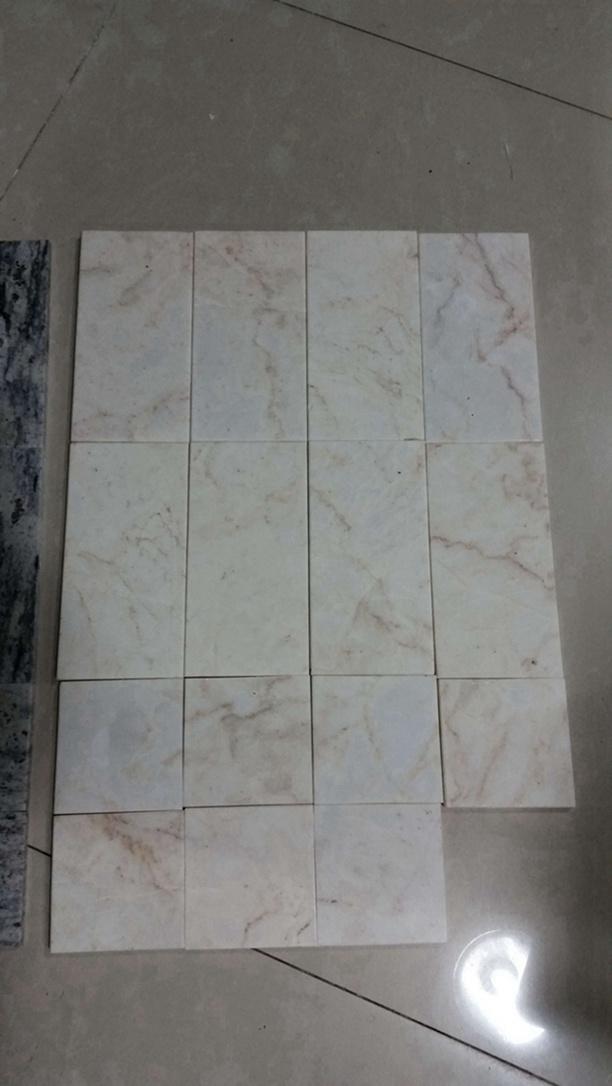 Mattonelle di marmo naturali del rivestimento della parete di pietra del ragno dell'oro ...