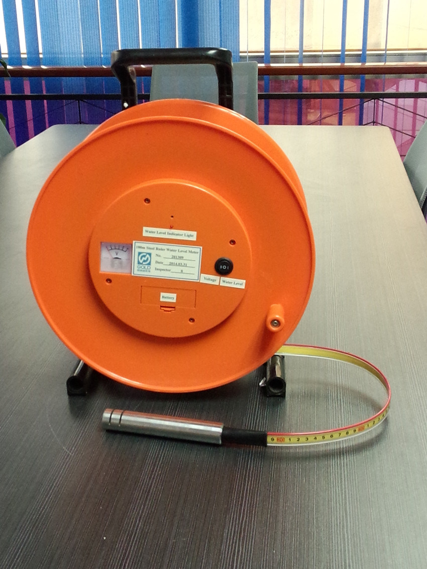 De waterspiegel meter van ruler van het staal met sound en for Spiegel 2 meter