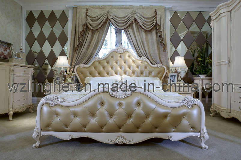 Chambre coucher furniture avec leather upholstered for Commande chambre a coucher