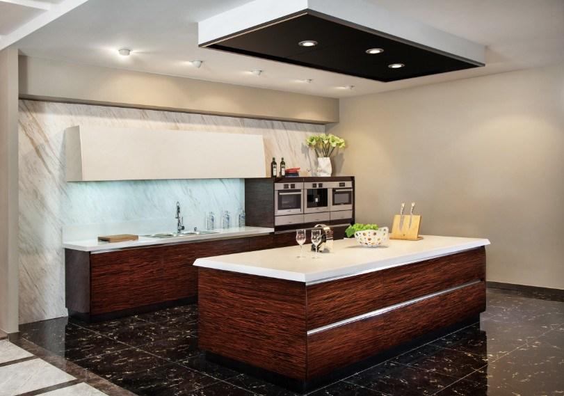 Meubles classiques de cuisine de laque en cristal de bois for Fournisseur meuble cuisine