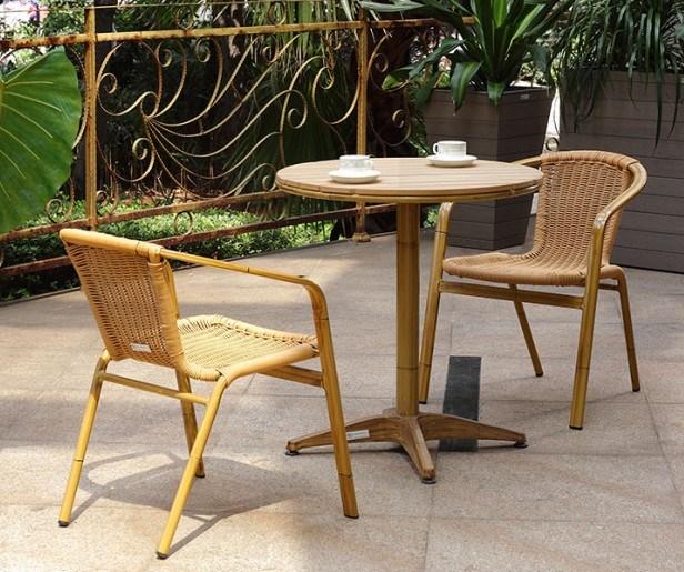 Tableaux en bois en aluminium de chaise en osier de jardin - Plan chaise de jardin en bois ...