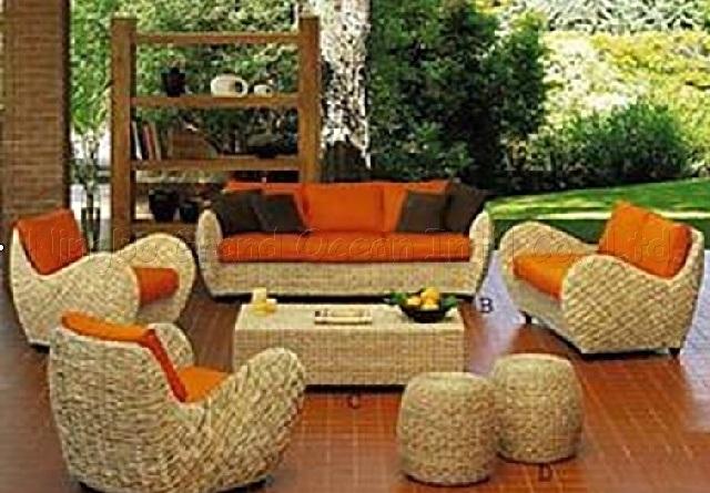 Muebles al aire libre del mimbre de la rota muebles al for Muebles de mimbre para jardin