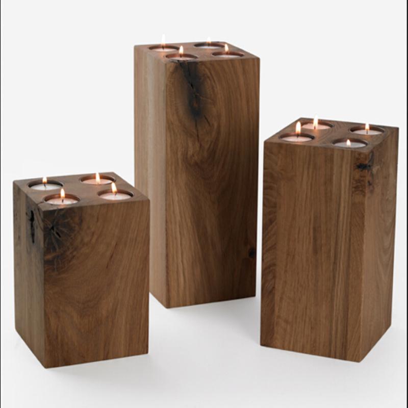 Support de bougie en bois carr support de bougie en bois for Porte bougie en bois