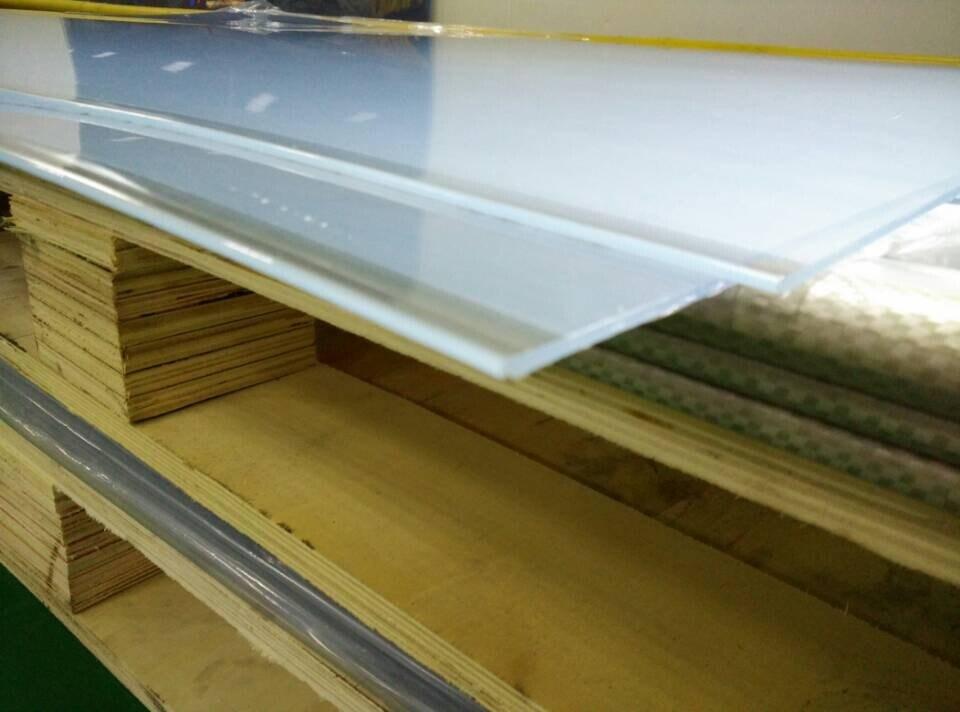 Foto de 4 8 pies transparente l mina r gida de pl stico - Laminas de plastico transparente ...