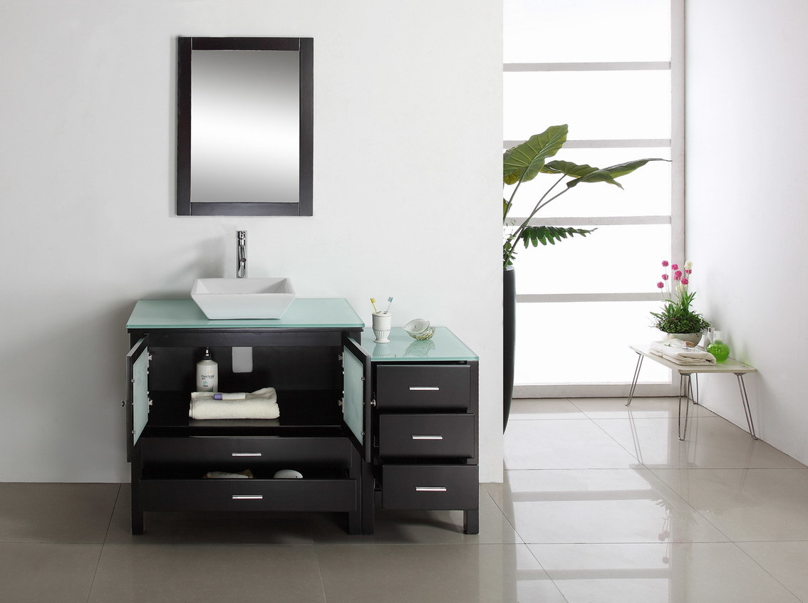 Foto de bathroom moderno cabinets para home furniture x for Gabinetes para banos modernos