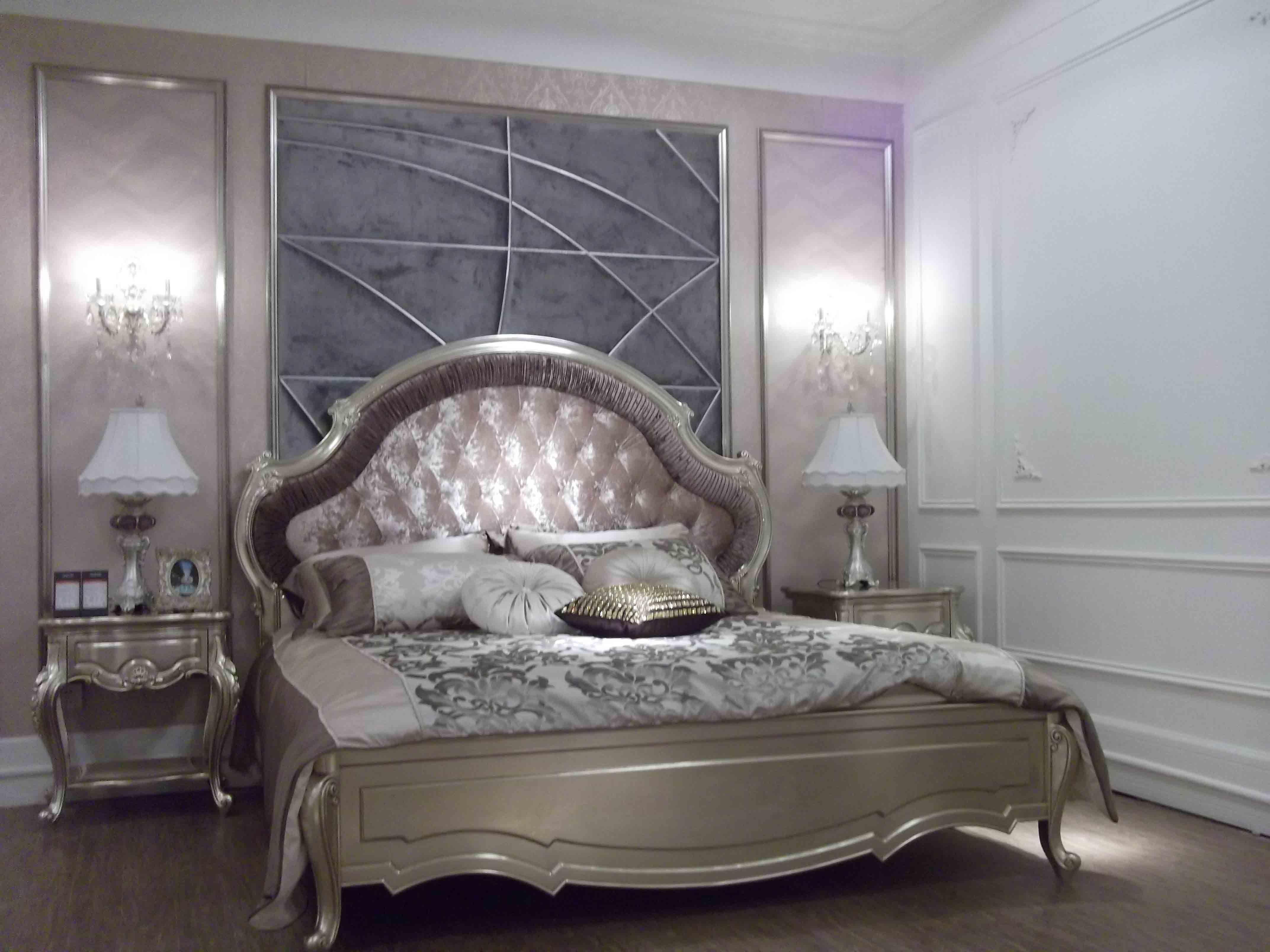 Mobilia di lusso della camera da letto mobilia di lusso - Descrizione della camera da letto ...